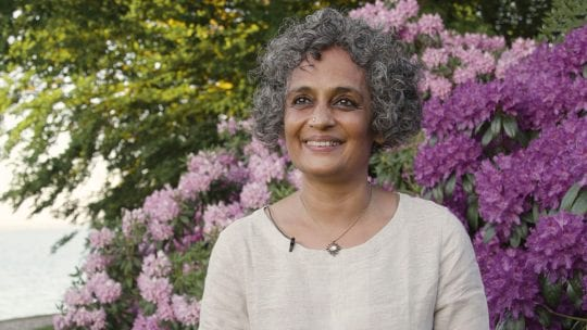 ROY_Arundhati_The-Role-of-the-Writer_1200x675